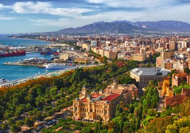 Experience a summer in Malaga